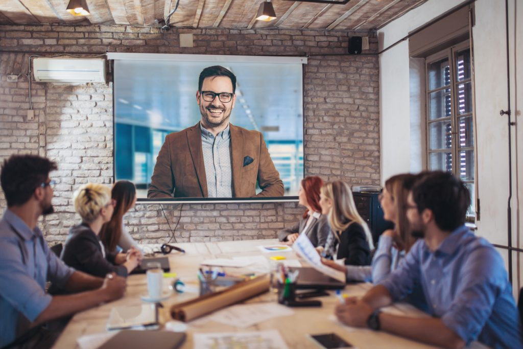 Aprende a usar Skype para Empresas y conoce todas sus funciones.