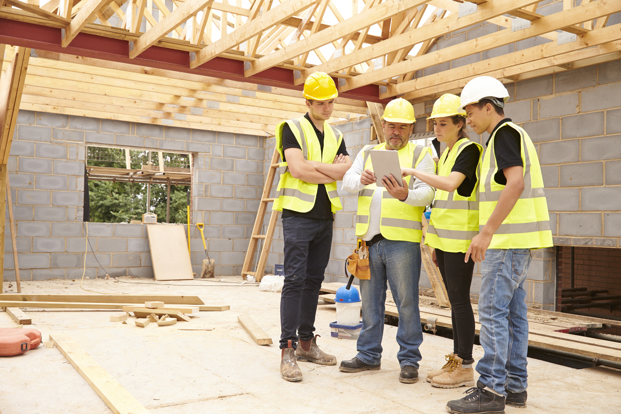 How much does it cost to run a construction company?