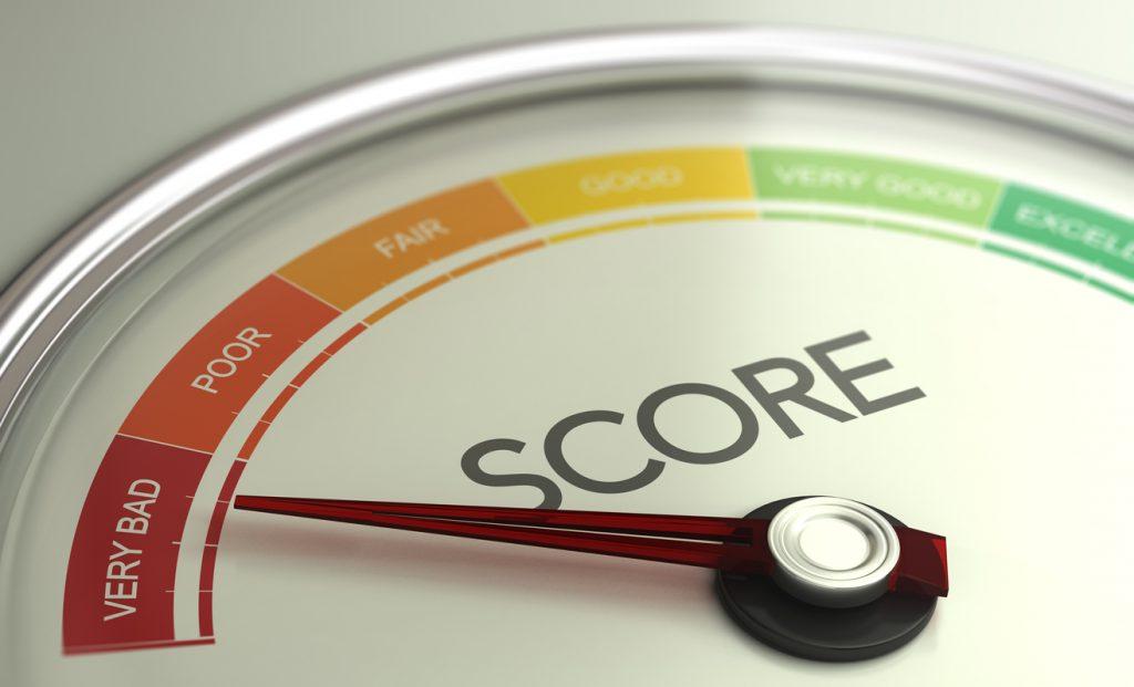 Ilstración 3D de un medidor de puntaje crediticio que apunta hacia un mal puntaje. concept: puntaje de crédito