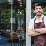Dueño de negocio, cafetería, préstamo. concept: mejores prestamistas