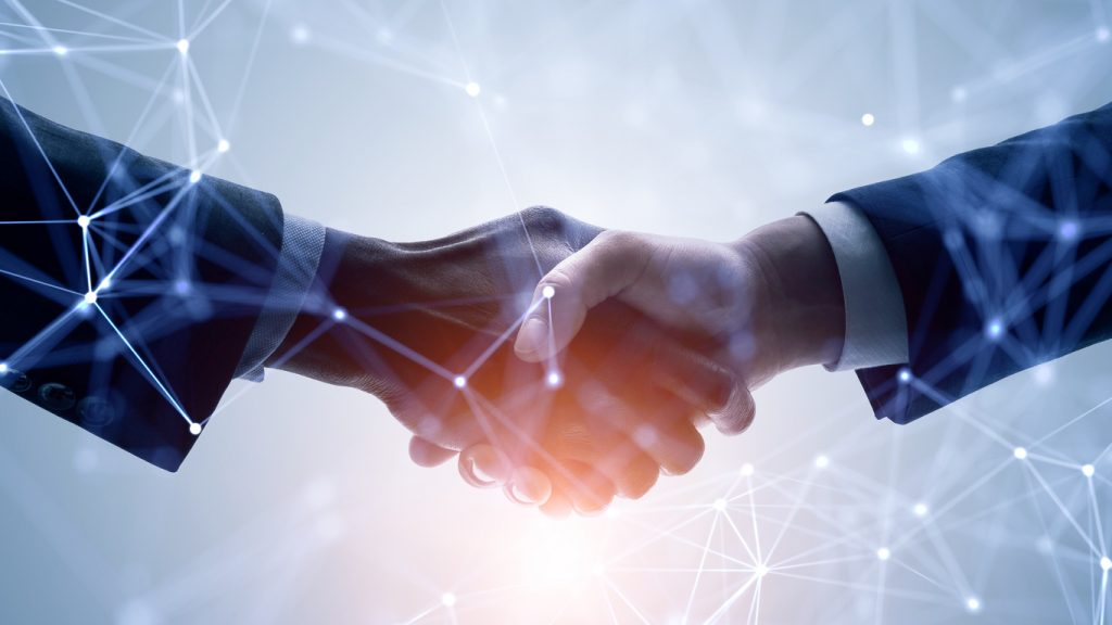 networking, negocios, trato. concept: Programa Piloto de Navegadores Comunitarios